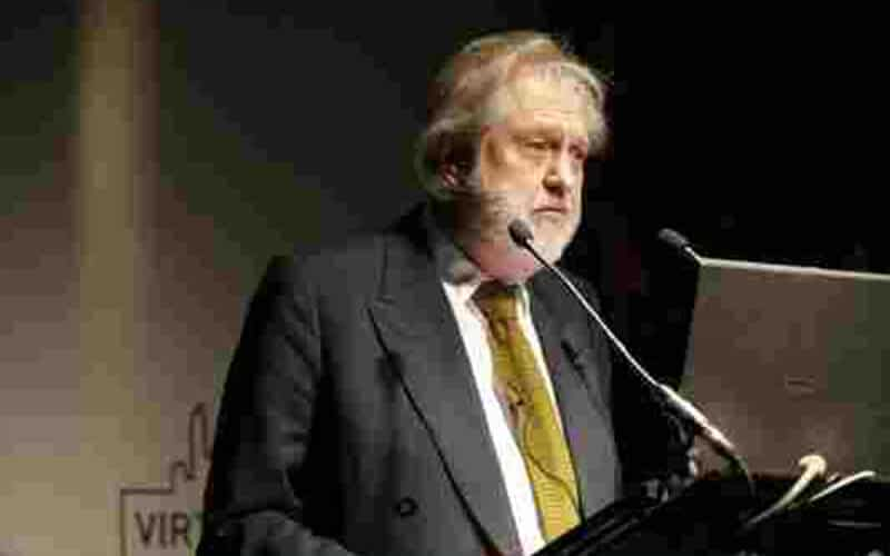Virtual Worlds Forum, which included keynote speaker Lord Puttnam